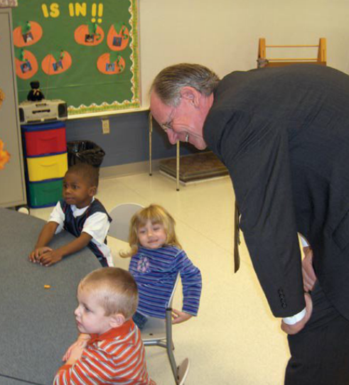 Congressman Castle visits a classroom at a Delaware school.