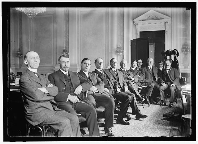 Old photo of congressmen
